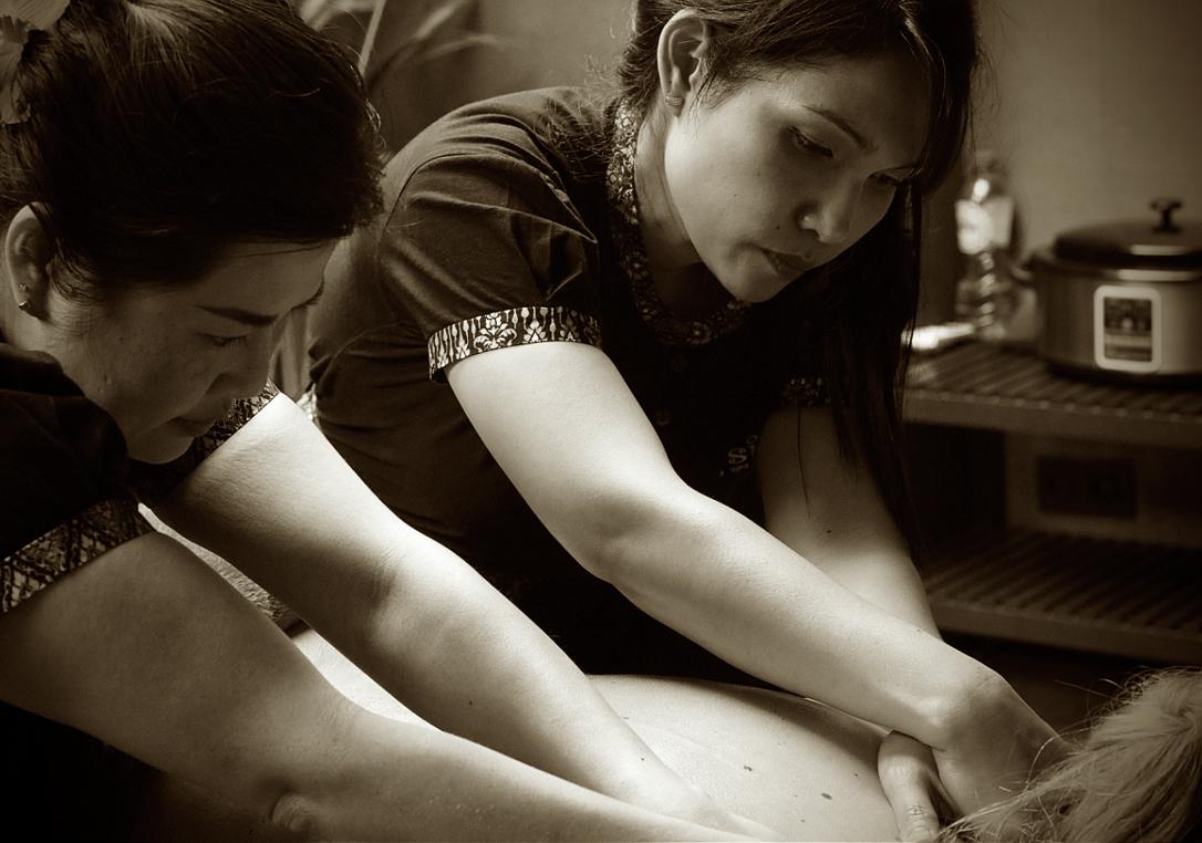 m_4handenmassage